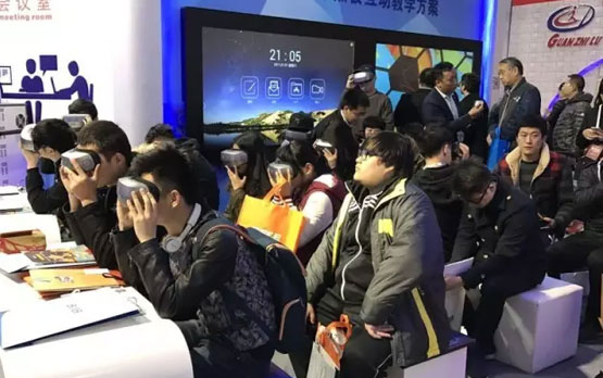 现场www.dafa888.com真钱娱乐场信息完全还原VR授课情景